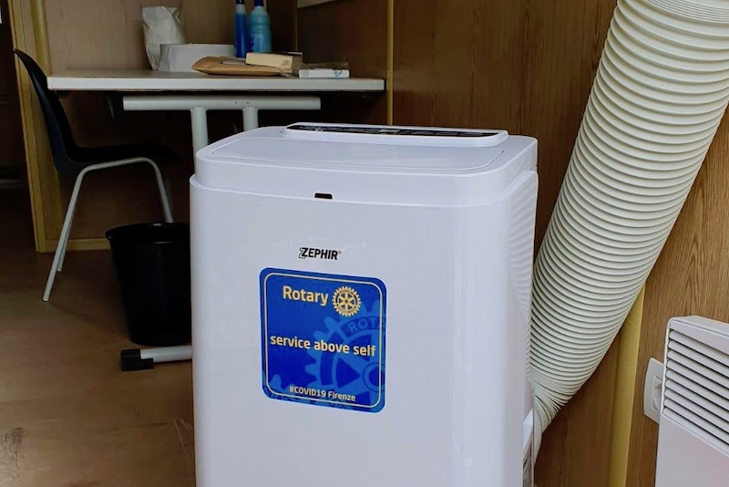 Uno dei climatizzatori con il solo brand del Rotary International